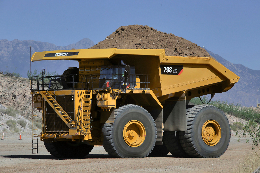 Mining truck, Caterpillar, EPA Tier 4, Emissions, Payload